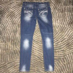 Wallflower Jeans - Normal wash jeggings with fading